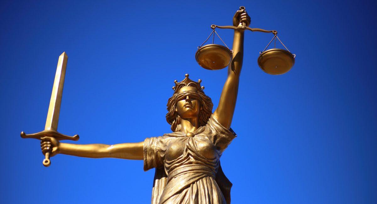Statue Justicia